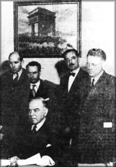 Robertson (rear left) with King on Government business.